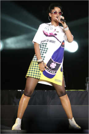 Poster  Rihanna at the post-race concert, F1 Singapore Grand Prix, 2013