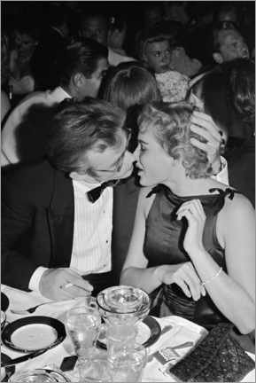 Tableau sur toile  James Dean and Ursula Andress - Ciro's Night Club, 1955