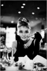 Tableau en plexi-alu  Audrey Hepburn dans Diamants sur canapé - Celebrity Collection