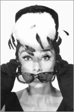 Tableau en PVC  Diamants sur canapé, Audrey Hepburn - Celebrity Collection