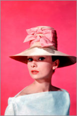 Poster  Audrey Hepburn sur fond rose - Celebrity Collection