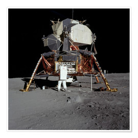 Poster  An Apollo 11 astronaut before the Lunar Module - Stocktrek Images
