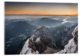 Verre acrylique  Sunrise from Zugspitze mountain with view across the alps - Andreas Wonisch