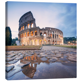Tableau sur toile  Colosseum reflected into water - Matteo Colombo