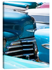 Tableau sur toile  Vintage American cars parked on a street in Havana Centro, Havana, Cuba, West Indies, Central Americ - Lee Frost