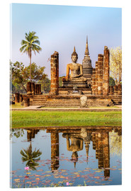 Verre acrylique  Wat Mahathat buddhist temple reflected in pond, Sukhothai, Thailand - Matteo Colombo