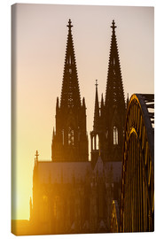Tableau sur toile  Sunset behind the Cologne Cathedral