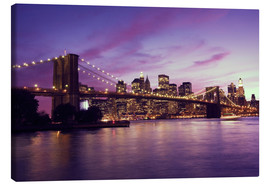 Tableau sur toile  Brooklyn Bridge and Manhattan at purple sunset