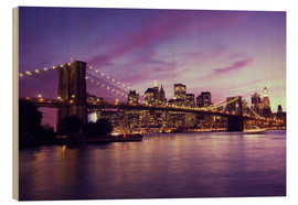 Bois  Brooklyn Bridge and Manhattan at purple sunset