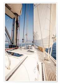 Poster  Voilier aux voiles blanches
