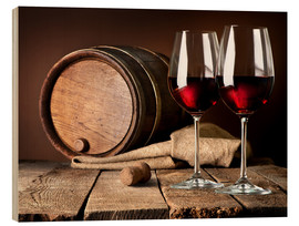 Bois  Barrel and wineglasses of red wine
