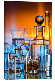 Tableau sur toile  alcoholic drinks on glass table