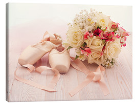 Toile  Ballet shoes with bouquet