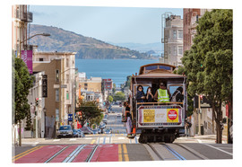 Tableau en verre acrylique  Cable car on a hill in the streets of San Francisco, California, USA - Matteo Colombo