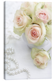 Toile  Pastel-colored roses with pearls