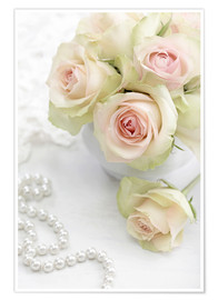 Poster  Pastel-colored roses with pearls