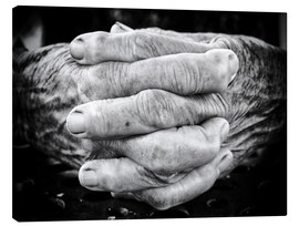 Toile  Hands of an old man