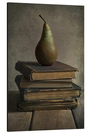 Tableau en aluminium  Still life with books and pear - Jaroslaw Blaminsky