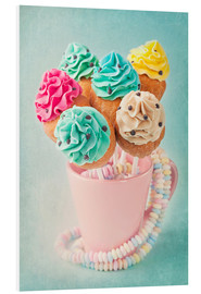 Tableau en PVC  Colorful cupcake pops on blue background - Elena Schweitzer