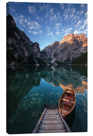 Tableau sur toile  Early morning on Lake Braies / Lago di Braies - MUXPIX