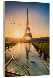 Bois  Romantic sunrise at the Eiffel Tower in Paris, France - Jan Christopher Becke