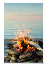 Poster Inviting campfire on the beach