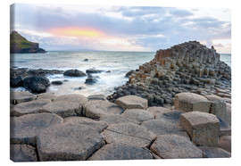 Toile  Sunset at Giant's Causeway in North Antrim, Northern Ireland