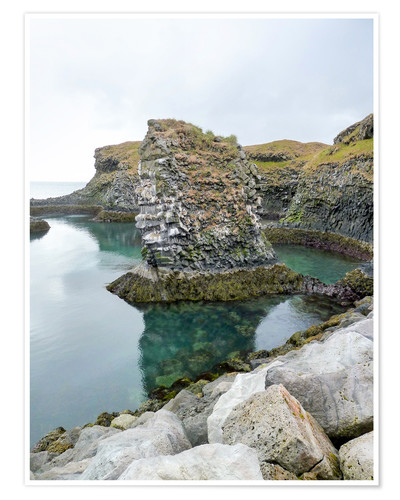 Poster Rocky coastal scenery in Iceland