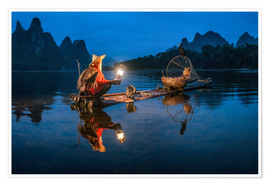 Poster Chinese cormorant fisherman in front of karst landscape in Guilin, China