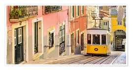 Poster  Yellow tram in Lisbon's old town - Jörg Gamroth