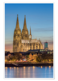 Poster  The Cologne Cathedral in the evening - Michael Valjak