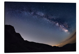 Tableau en aluminium  Milky Way arch and starry sky at high altitude in summertime on the Alps - Fabio Lamanna
