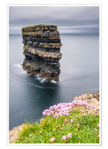 Poster Downpatrick Head en face de Grey Lake en Irlande