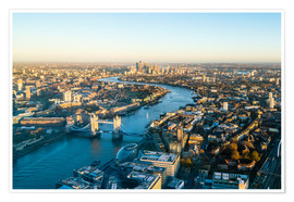 Fraser Hall - High view of London skyline along the River Thames from Tower Bridge to Canary Wharf, London, Englan